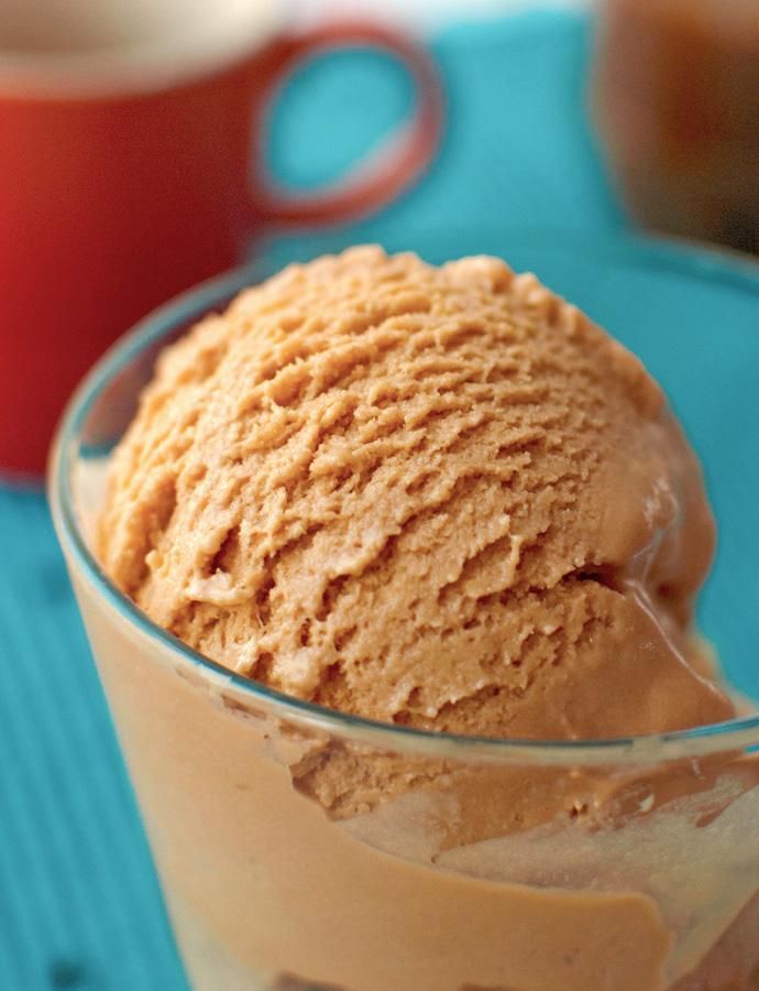 The Tough Cookie | Caramelized White Chocolate Ice Cream | thetoughcookie.com