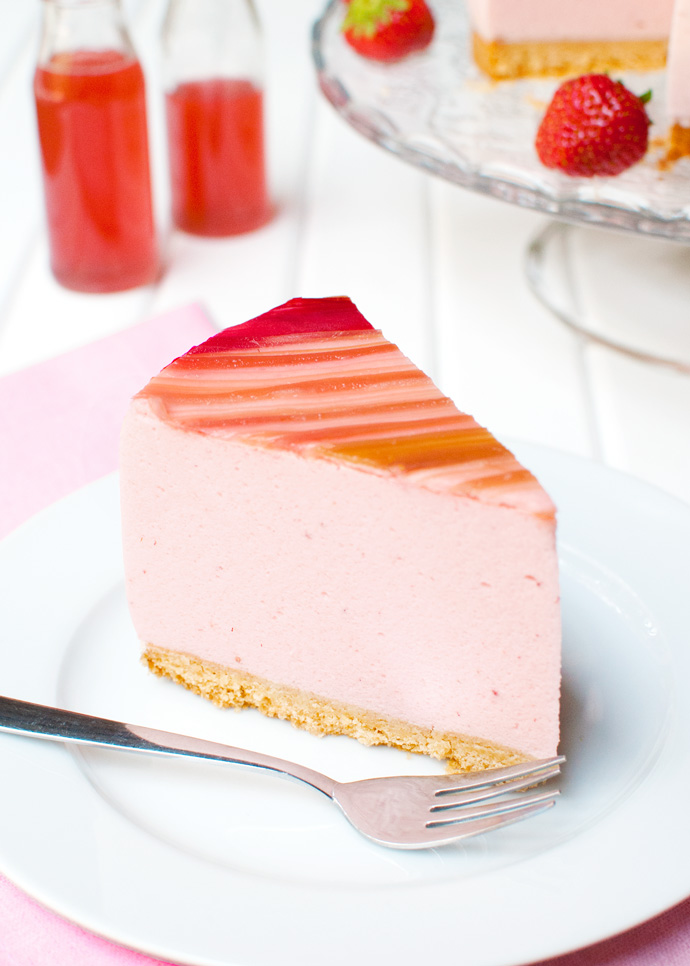 Recipes for strawberry mousse cake filling