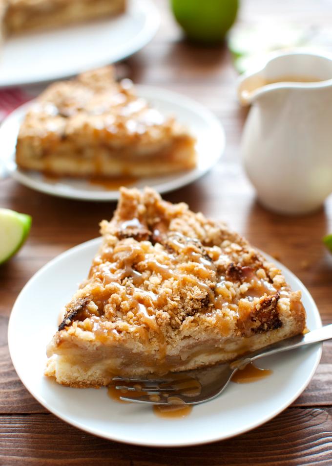 Apple Cookie Crumb Cake
