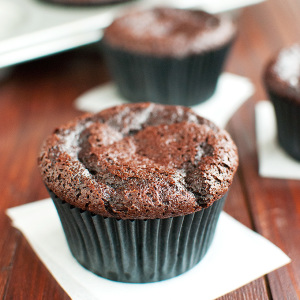 The Best Basic Chocolate Cupcakes Featured