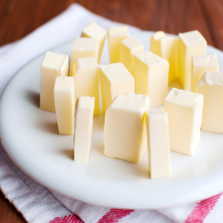 How to Make Buttercream Using The Cubed Butter Method – Battle of the Buttercreams 2.0