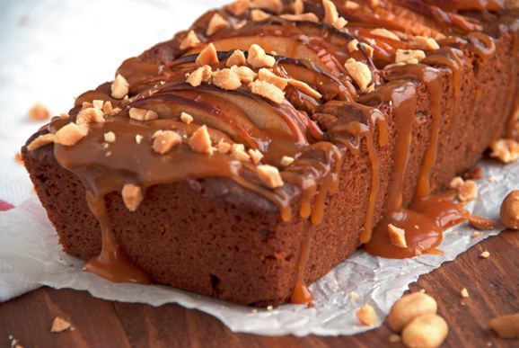 Caramel-Apple-Peanut-Butter-Loaf-Cake-2