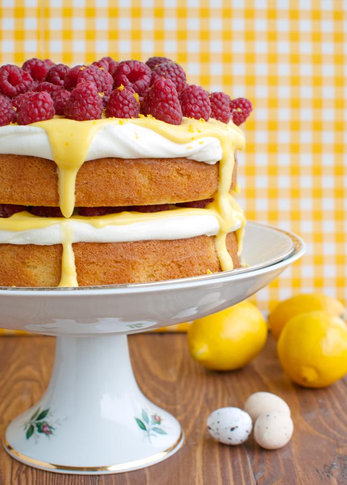 Damn Delicious Lemon Cake