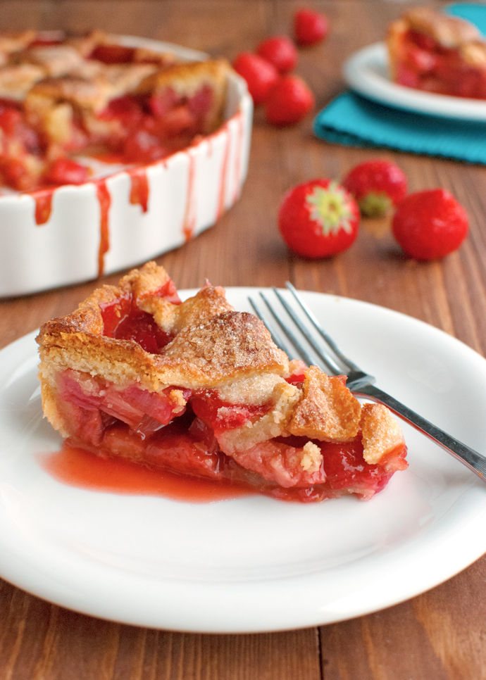 Strawberry and Rhubarb Pie with Mascarpone Cream