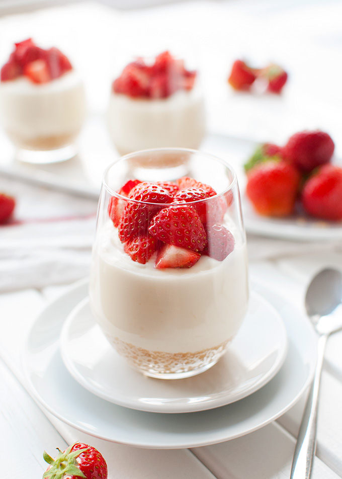 Individual No-Bake Lemon Cheesecakes