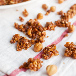 Caramelized Hazelnut Clusters Featured
