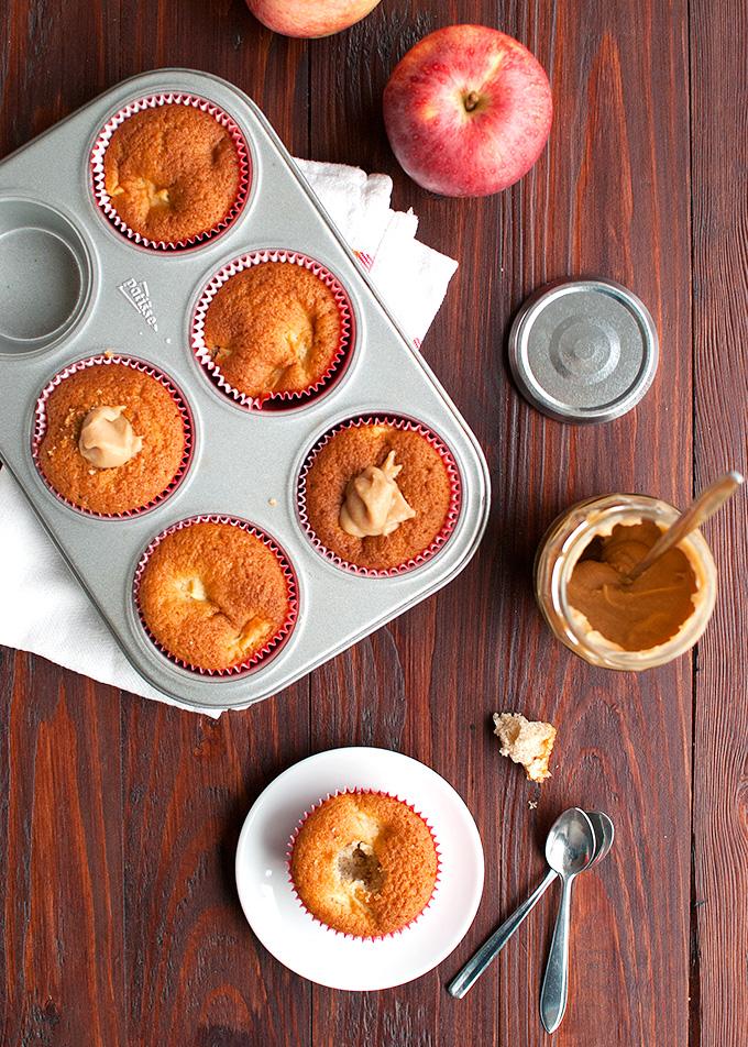 The Tough Cookie   Caramel Apple Cupcakes   thetoughcookie.com