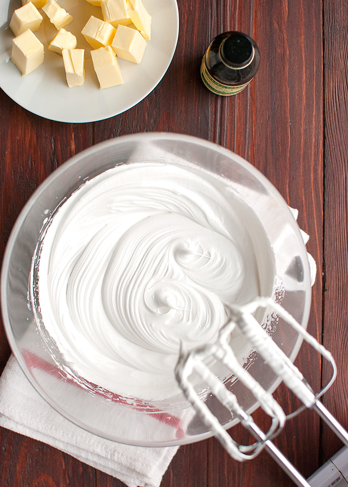 The Tough Cookie | How to Make Swiss Buttercream, or Swiss Meringue Buttercream | thetoughcookie.com