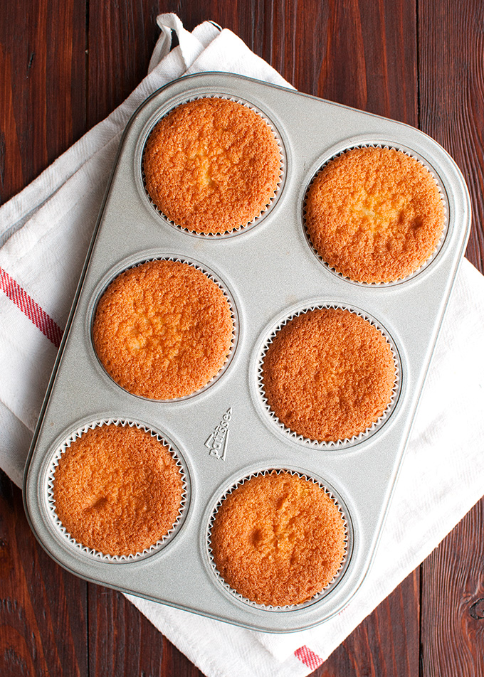 The Tough Cookie | Perfect Vanilla Cupcakes - Step by Step | thetoughcookie.com