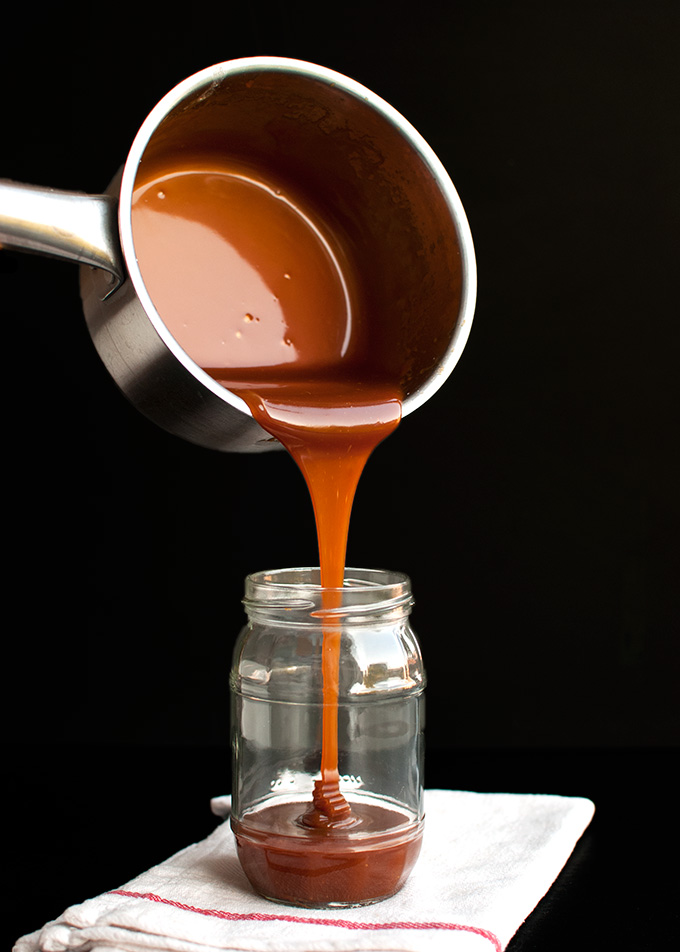 The Tough Cookie | Making Caramel: The Difference Between the Wet and Dry Method | thetoughcookie.com
